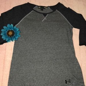 Under Armour 3/4 sleeve tee shirt